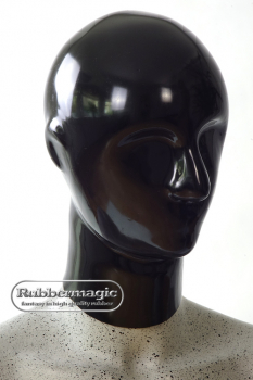 Anatomically shaped, heavy latex mask, closed with zipper and options