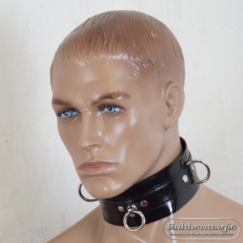 Latex neckband with D-rings